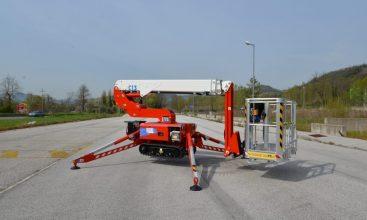 RUTHMANN_Bluelift C_13_Raupenarbeitsbühne_spiderlift_13m-Arbeitshöhe